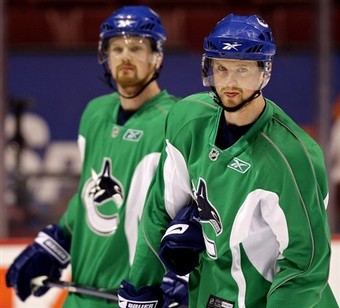 Canucks Sedins Hockey
