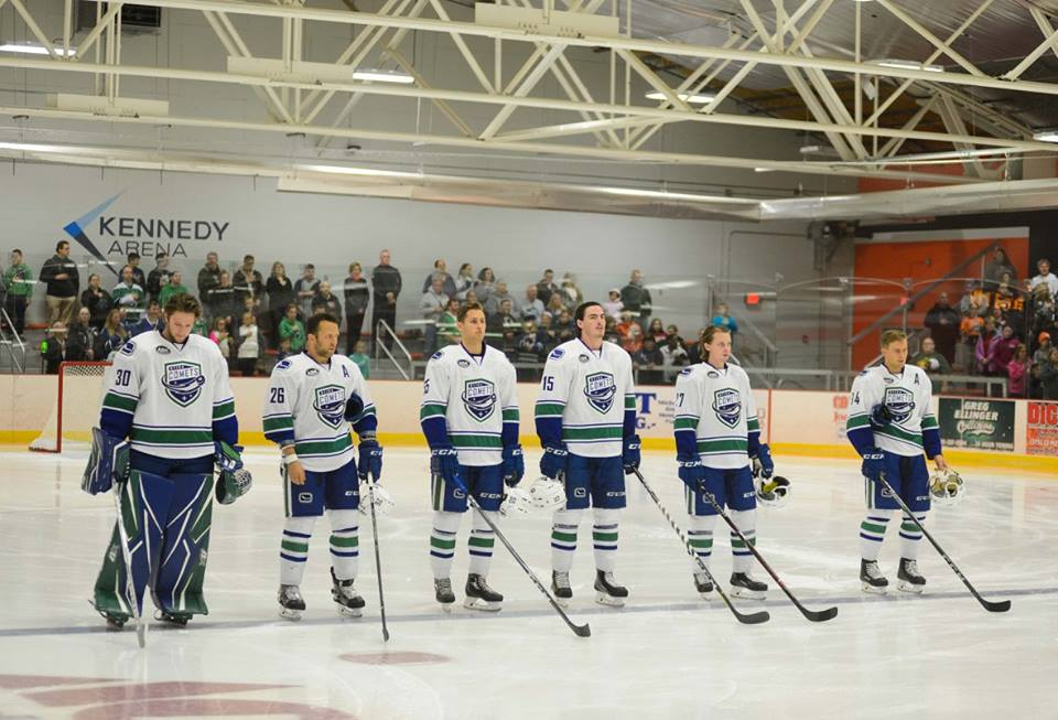 Comets-on-the-blueline