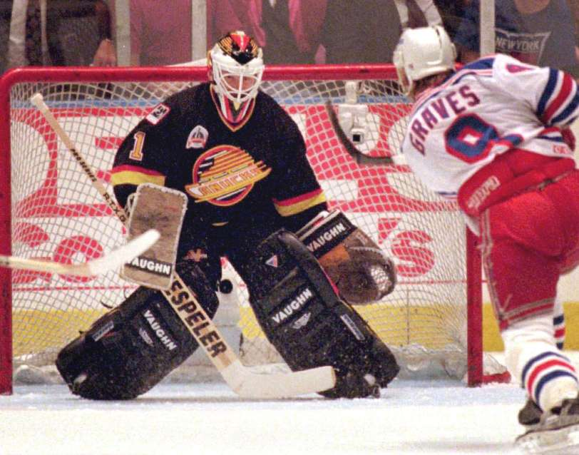 Nhl History Kirk Mclean Records First Of Four Shutouts In Vancouver Canucks Storied 1994 Cup Run